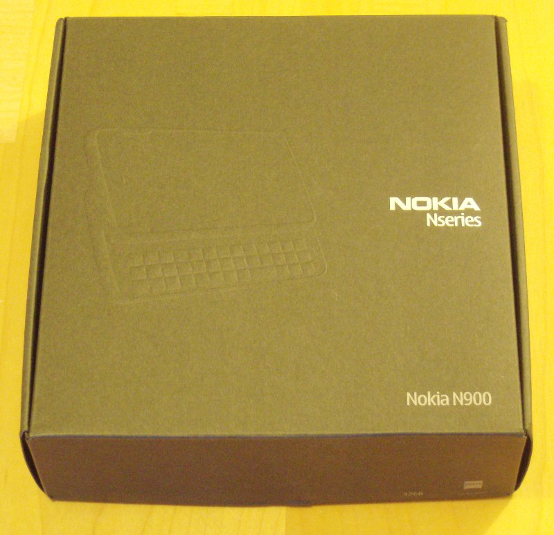 N900 Unboxing 2