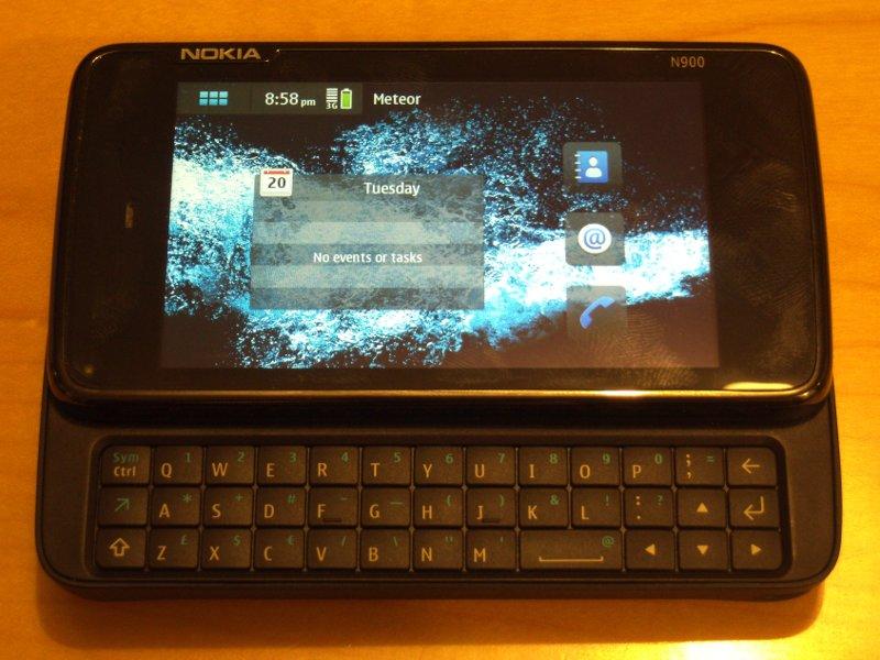 N900 Unboxing 25
