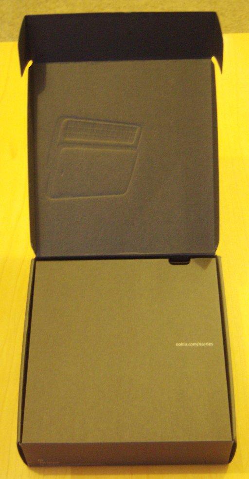 N900 Unboxing 3