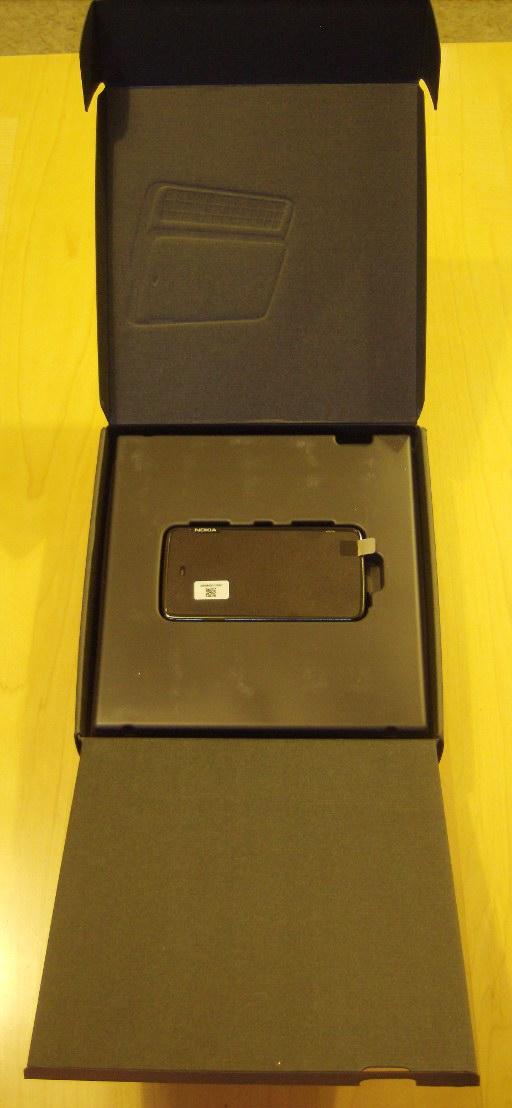 N900 Unboxing 4