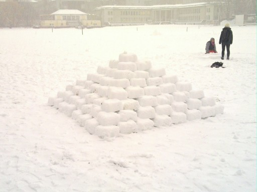 Mayan Snow Pyramid - you should never leave TCD Engineers near snow without adult supervision