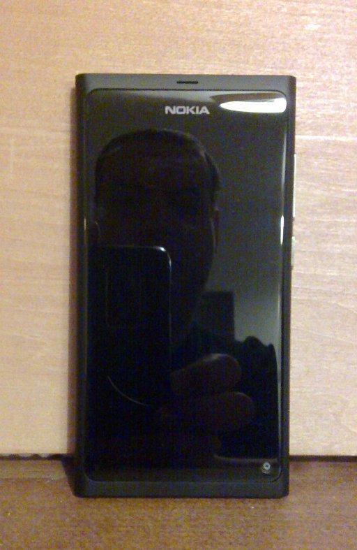 N9 face-on